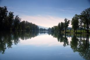 ST JOE RIVER - LAKE Cd'A 042--