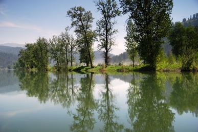 ST JOE RIVER - LAKE Cd'A 092+